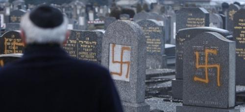 antisémitisme cimetière.jpg