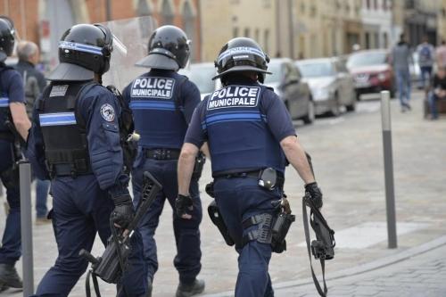 police municipale,maintien de l'ordre,gilets jaunes,pcf,parti communiste,saint-amand-les-eaux